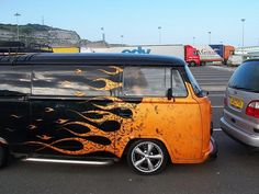 flame VW Bus