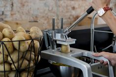 Food Truck Equipment, Spiral Potato, French Fry Cutter, Commercial Kitchen Equipment, Food Packaging Design, Restaurant Kitchen, French Fries, Kitchen Gadgets, Food Inspiration