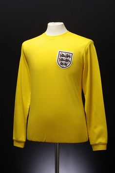 England Goalkeepers Shirt (1964-74)-Always remind me of the great Gordon Banks!