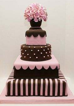 Fancy Cakes By Leslie – http://silverspring.weddings.com/Local/silverspring-Fancy-Cakes-By-Leslie/VendorDetail.aspx/CCA-452444#