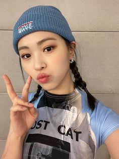 Sooyoung, South Korean Girls, Korean Girl Groups, My Girl, Cool Girl, Woman Crush, Pretty People, Kpop Girls, Mafia