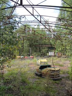 abandoned amusement park in Chernobyl #chernobyl #abandoned #park