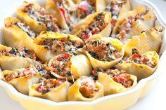 The Best Recipe : Sausage Stuffed Shells Recipe with Spinach Sausage Stuffed Shells, Spinach Stuffed Shells, Stuffed Shells Recipe, Spinach Recipes, Pork Recipes, Cooking Recipes, Ground Pork Sausage Recipes, Healthy Recipes, Gastronomia