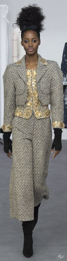 Fall 2016 Haute Couture - Chanel                                                                                                                                                      More
