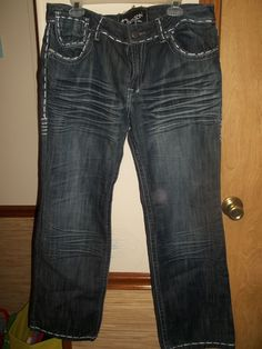 KILLER! UNIQUELY STYLED,DIVISION E ,BOOTCUT JEANS! GREAT STYLE FROM CALIFORNIA! SZ.15/16,GREAT WEAR!: http://www.outbid.com/auctions/10348-fashion-s-first-retro-retail-groovy-gadgets-express-your-innerself-jewelry#6