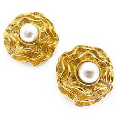 Vintage Large Gold Tone Layered Flower Faux Pearl Clip Earrings | Clarice Jewellery | Vintage Jewellery | Vintage Costume Jewellery