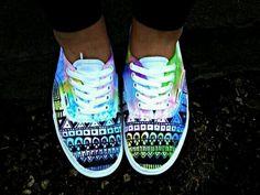 Custom Watercolor Vans I want this shoes sooo bad!!