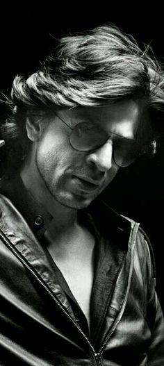 Shahrukh Khan Raees, Shahrukh Khan Family, Shah Rukh Khan Movies, Don 2, Srk Movies, Sr K, King Of The World, King Of Hearts, Indian Celebrities
