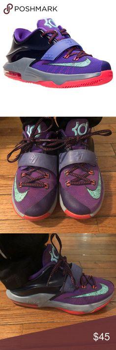 Kids KD Nike Purple Orange Excellent Size 4.5y Gently worn  Will arrive Mint !  Smoke & Pet Free  Outgrown fast  Classic !  Smoke & Pet Free nike KD Shoes Sneakers