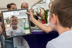 Maquillage pour les enfants au village du CG67 à la Foire européenne ©Denis Guichot/CG67