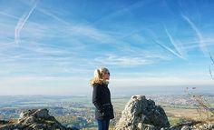 #hiking #wanderlust #fall #rayban #mountain #blonde #blue #sky #nature #autumn