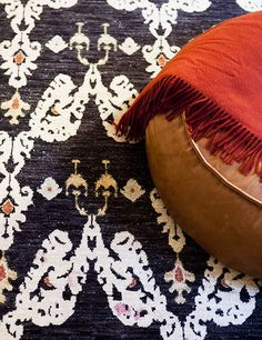COOGEE HOUSE | alwill  #interiors #rug #leather