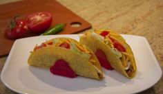 Notice anything unusual? (Hint- these are normal, traditional shaped taco shells and they are not cracked and falling apart...) Thanks to TacoProper #taco holders. Amazingly simple- and Made In The USA!