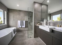 BATHROOM - Tempus Elite with Timeless Facade on display at Thornton Modern Bathroom, Master Bathroom, Architecture Artists, Appartement Design, New Home Builders, Display Homes, Bathroom Renos, New Home Designs, Future House
