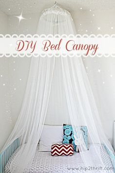 Totally making this easy and cute DIY bed canopy for Rayleigh's room! I'm thinking polka dot curtains. My New Room, My Room, Cute Diy, Frozen Bedroom, Frozen Room Decor, Diy Bett, Diy Canopy, Bed Canopies, Canopy Crib