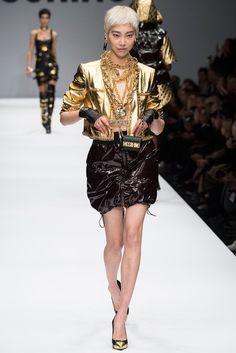 Soo Joo Park - Fashion Week, Moschino