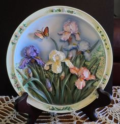 Lena Lui 3D Plate The Iris Garden 1st Issue #1229 MINT!