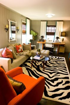 Neutral Paint Colors Allow You To Get Creative With Colors And Patterns In  Your Living Room