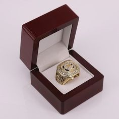 1985 Chicago Bears Super Bowl XX Championship Ring In Wooden Box US Size 7 to 15 #super+bowl #ChicagoBears #chicago+bears #championship #nfl #football #usa #ring #gift #fans