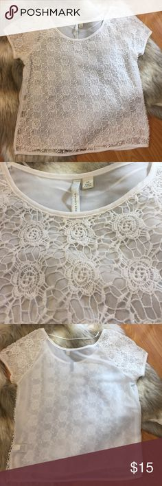 Crochet + Sheer Lauren Conrad Top Crochet Front & Sleeves. Sheer Back. Shown In Photo. LC Lauren Conrad Brand. Size XS. White. Really Beautiful On 💖 New Without Tags! Never Worn. No Tags. LC Lauren Conrad Tops Blouses