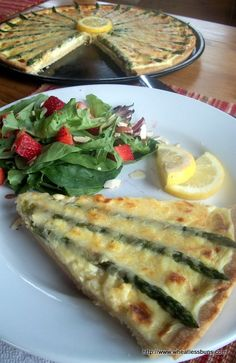 Spring Asparagus Lemon Tart Shared on https://www.facebook.com/LowCarbZen | #LowCarb #Brunch #Lunch #Dinner
