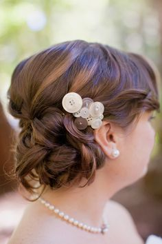 Button wedding hair piece.. eh?
