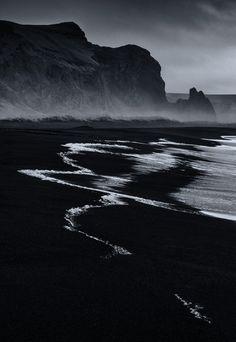 Lugubre scenery of a beautiful ocean(Rosamaria G Frangini | Black Desire | F&O Fabforgottennobility