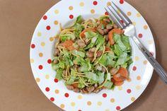 Fotorecept: Fazuľovo-šalátové cestoviny Sprouts, Vegetables, Food, Essen, Vegetable Recipes, Meals, Yemek, Veggies, Eten