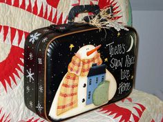 Prim Snowman Hand Painted on Vintage Suitcase – There's Snow Place Like Home by CottonRidgeEmporium Christmas Snowman, Winter Christmas, Christmas Projects, Holiday Crafts, Painted Suitcase, Snow Place, Crafts To Make, Diy Crafts, Vintage Suitcases