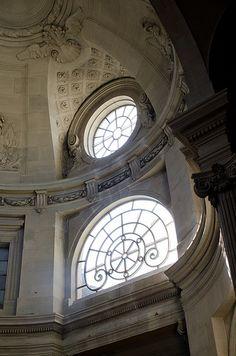 Grand escalier d'honneur. Le Palais Royal.Paris 1er
