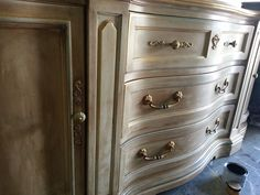 Annie Sloan Old White, dark wax & a touch of gold..Knobs and Knockers..McKinney. TX