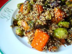 Stacey Snacks: I'M BACK!!! Quinoa w/ Brussels Sprouts, Squash & Grapes