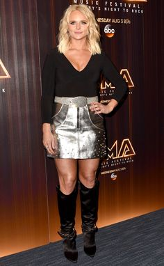 Miranda Lambert in an Alice + Olivia top, a Nasty Gal skirt (with a vintage belt) and Joyce Echols boots