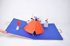 Vincent Godeau & Agathe Demois - 2012 - Exotiques - Valise pop-up Pop Up, Paper Pop, 3d Paper, Paper Cutting, Plastic Cutting Board, Origami, Paper Engineering, Up Book, Volcano