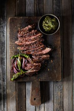 Steak with Pesto, Shishito Pepper & Grilled Red Onion Dark Food Photography, Photography Composition, Photography Hacks, Photography Awards, Phone Photography, Photography Equipment, Wildlife Photography, Carne Asada, Food Plating