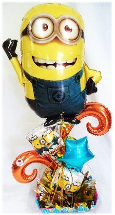 Arreglo Mediano de #Cumpleaños Minios!! www.globocentro.com.gt