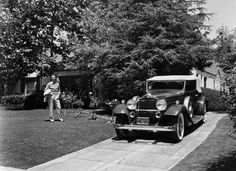 1932 Packard with owner Dick Powell