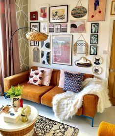 If you're looking for the best Retro Home Decor to make your living room into the perfect little cottage we'll … Decor Interior Design, Interior Design Living Room, Living Room Decor, Bedroom Decor, Decor Room, Retro Living Rooms, Bohemian Living Rooms, Interior Plants, Interior Ideas