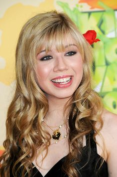 Jennette McCurdy Shows: iCarly, Victorious Long Blonde Curly Hair, Long Curly, Jennette Mccurdy, Funny Cartoon Pictures, Magic Garden, Wwe Female Wrestlers, Regrow Hair, Miranda Cosgrove, Kew Gardens