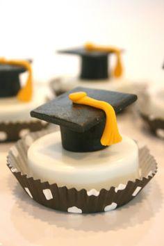 oreo graduation caps