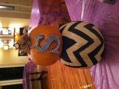 Chevron Pumpkin. The letter would HAVE to be leopard print though. DUH.