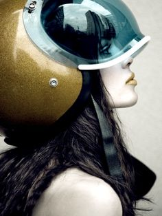 Blue bubble visor on gold vintage motorcycle helmet. I want this helmet, with this visor! Its rad! Vespa Helmet, Motorcycle Helmets, Motorcycle Fashion, Motorcycle Clothes, Motorcycle Girls, Retro Motorcycle, Motorcycle Style, Art Pulp, Style Cafe Racer