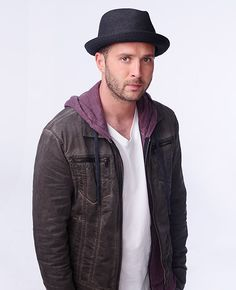 Eddie Kaye Thomas (Dr. Toby Curtis on 'Scorpion')  There is just something about the snarky Toby Curtis  <3 him