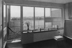 Unité d'Habitation, Berlin, Allemagne, 1957 Micro Apartment, Arch Interior, Le Corbusier, Berlin, Living Area, Around The Worlds, Windows, Architecture, Places