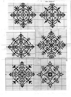 snowflakes with beads Xmas Cross Stitch, Cross Stitch Heart, Cross Stitch Borders, Counted Cross Stitch Patterns, Cross Stitch Designs, Cross Stitching, Motifs Blackwork, Blackwork Embroidery, Cross Stitch Embroidery