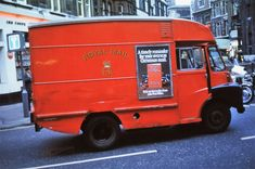 A Royal Mail van, Great Marlborough St:Carnaby St, London 1972 - Flashbak Vintage Vans, Vintage Trucks, Old Trucks, Lifted Trucks, Good Old Times, The Good Old Days, Old Lorries, Camera Logo, Air Fighter