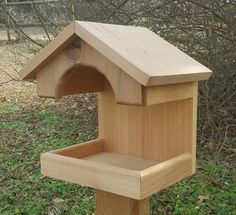 This is a platform feeder made from Western Red Cedar. It can easily be mounted on a tree or side of a structure. Made to last and it will darken with age. Dimensions 13 w x 8 d x 13 h. Wood Bird Feeder, Bird Feeder Plans, Squirrel Feeder, Bird House Feeder, Modern Bird Feeders, Wooden Bird Houses, Decorative Bird Houses, Bird Houses Diy, Homemade Bird Houses