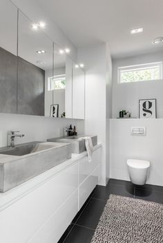 No huh huh! Laundry Room Bathroom, Bathroom Toilets, Small Bathroom, Bad Inspiration, Bathroom Inspiration, Gray Interior, Bathroom Interior, Dream Decor, Living Room Designs