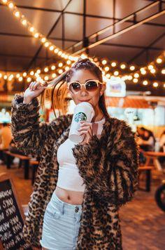 Amara Starbucks Summer Drinks, Ami Rodriguez, Emma Ross, Photos Tumblr, Dove Cameron, Blackpink Jisoo, Best Friends Forever, Casual Fall Outfits, Billie Eilish