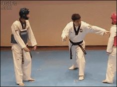 Funny pictures about Some People Aren't Taking Martial Arts Seriously. Oh, and cool pics about Some People Aren't Taking Martial Arts Seriously. Also, Some People Aren't Taking Martial Arts Seriously photos. Funny Videos, Funny Memes, Hilarious, Karate Fight, Video Humour, Les Gifs, Taekwondo, Funny Posts, Laugh Out Loud